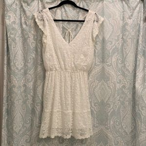 NWT Cupcakes and Cashmere white lace dress sz Med